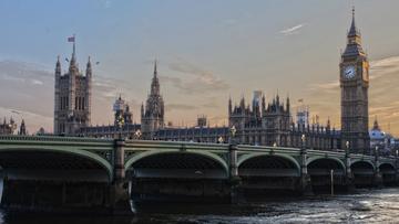 Polacy rekordzistami w liczbie wniosków o status osoby osiedlonej w Wielkiej Brytanii