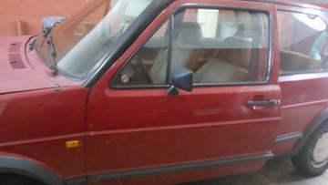 Ukradł samochód i zmienił tablice rejestracyjne. Potem zawiózł koleżankę na… przesłuchanie