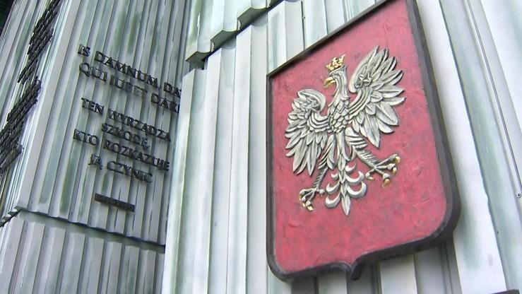 """""""Wyłącznie obywatelstwo polskie"""". Kontrowersje ws. propozycji prezydenta dot. sędziów"""