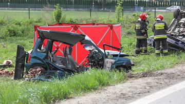 Śmiertelny wypadek na zakopiance. Dwa auta zderzyły się czołowo