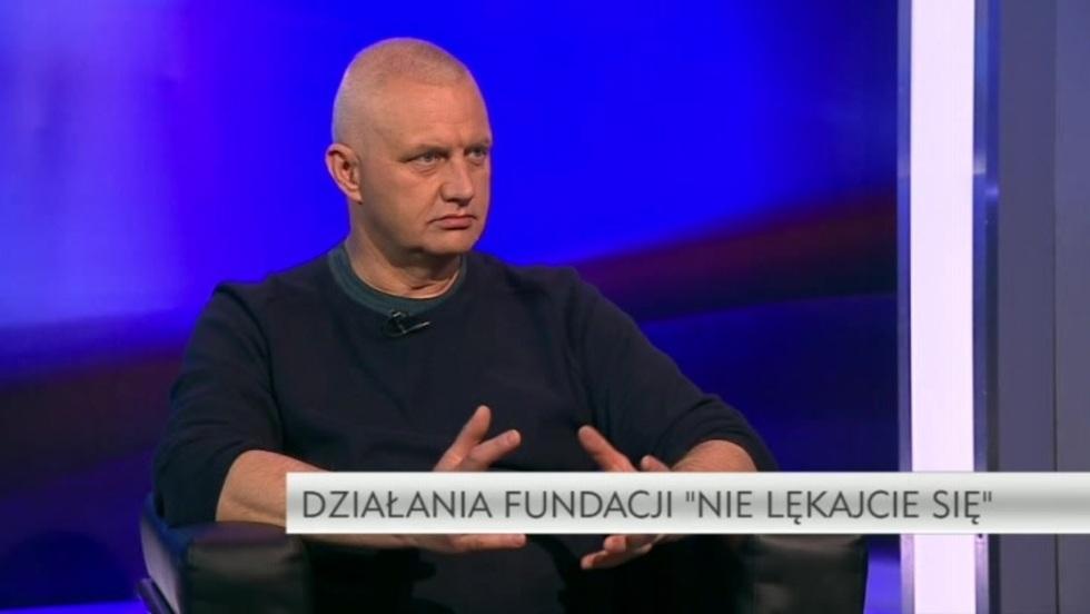 Krzywe zwierciadło - Marek Lisiński